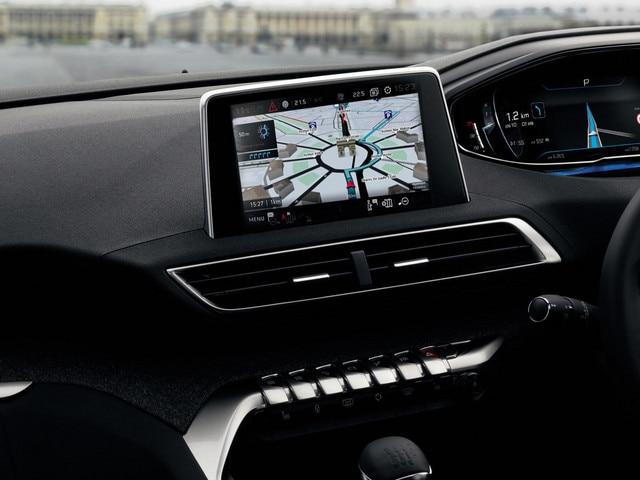 /image/20/4/new-5008-suv-navigation-interior.351204.jpg